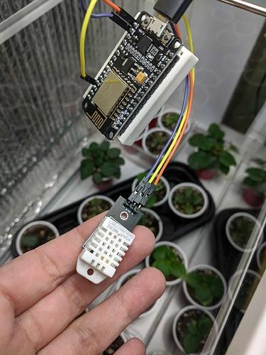 dht-sensor-scaled